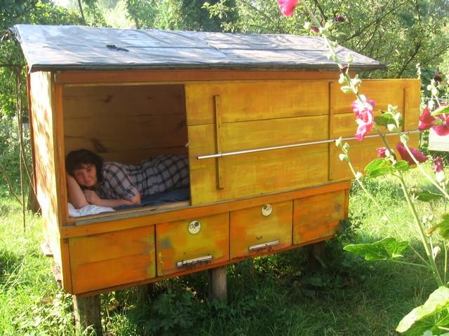 Домик пчеловода своими руками